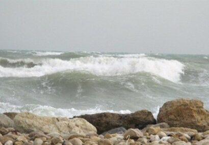 ۶۱ نفر در دریای مازندران غرق شدند